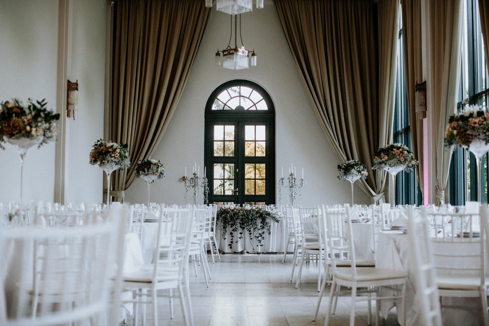 ,tata,tatai esküvő,esküvőváros,tatai esküvők,esküvő tatán,öreg tó,pálmaház,pálmaház esküvő,esküvői helyszínek,vidéki esküvő,
