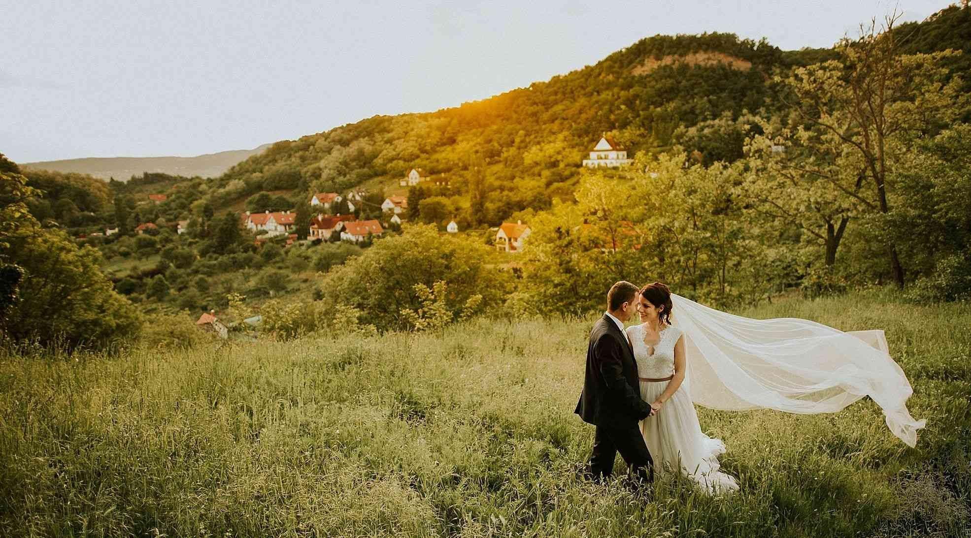 ,balaton parti esküvő,balaton-parti esküvő,balatoni esküvő,szigliget,kondella misi,esküvői beszámoló,