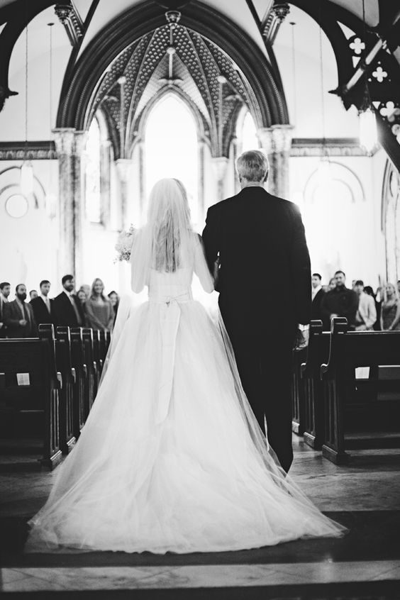 ,egyházi esküvő,templomi esküvő,esküvő,katolikus szertartás,evangélikus szertartás,református szertartás,