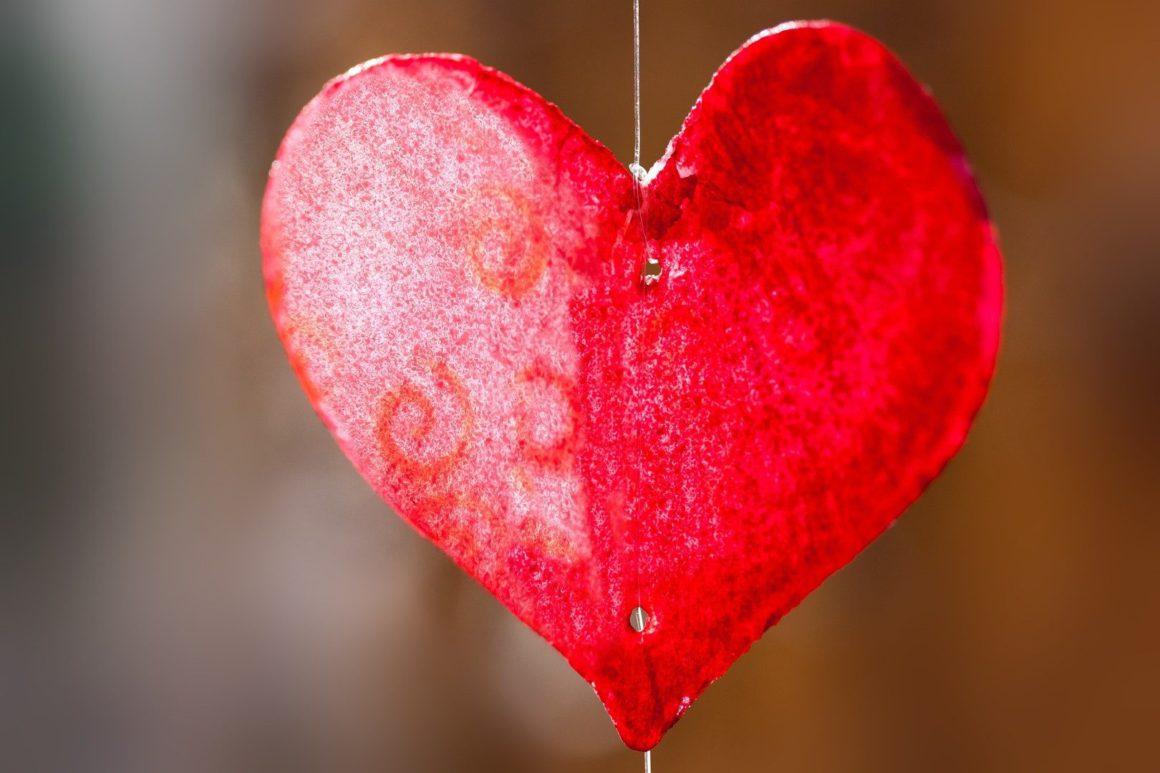 Valentin napi vagy Bálint napi piros szív
