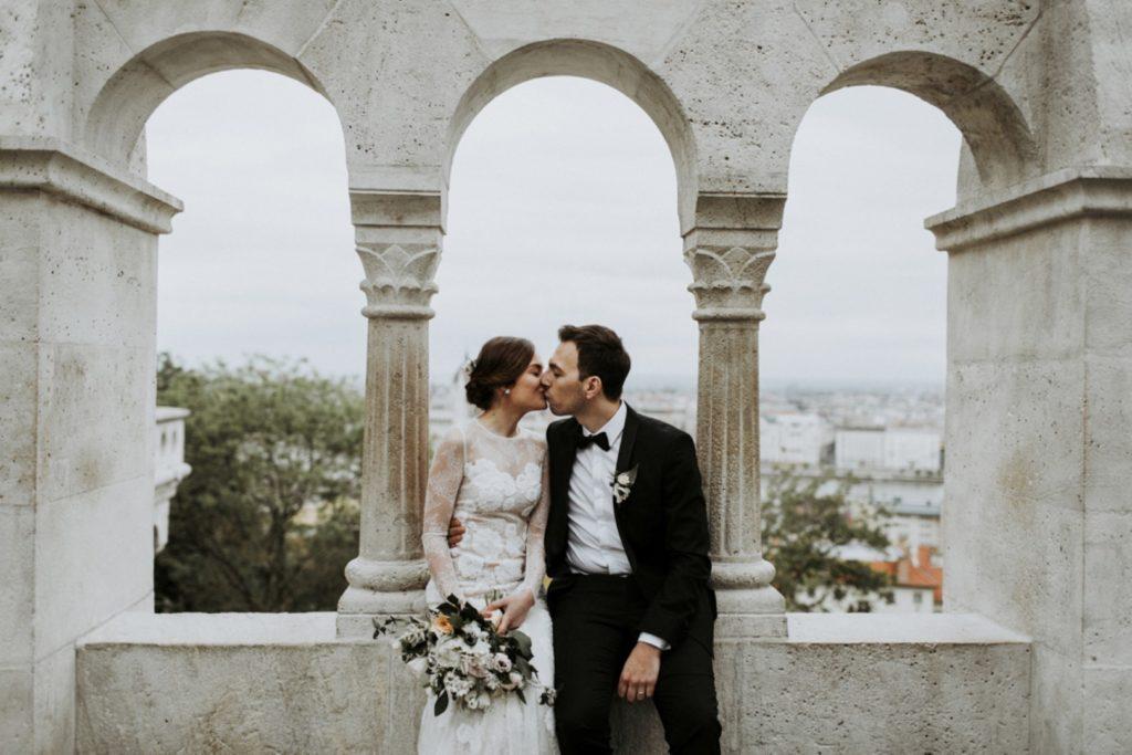 Rusztikusan elegáns esküvő a Budai Várnegyedben