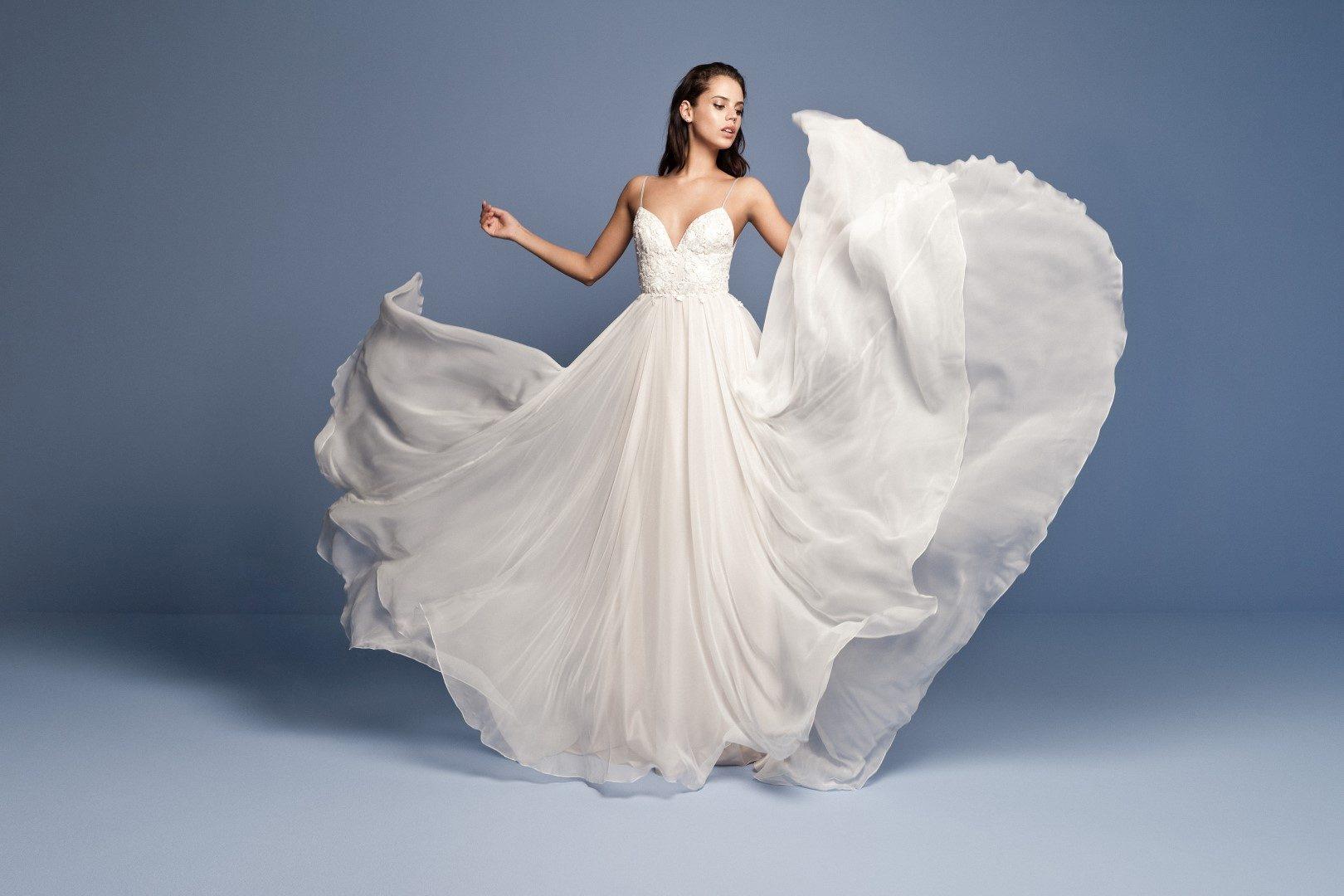 28de24db91 mennyibe kerül egy Daalarna menyasszonyi ruha,daalarna ruha ára,esküvői ruha  ára,