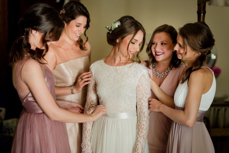 b1392d5894 A tökéletes esküvői ruha nyomában - Daalarna menyasszonyok élményei ...