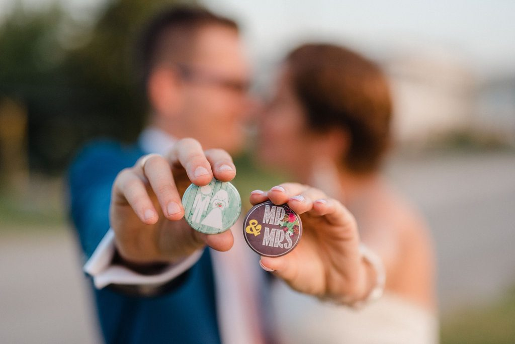jótékony esküvő