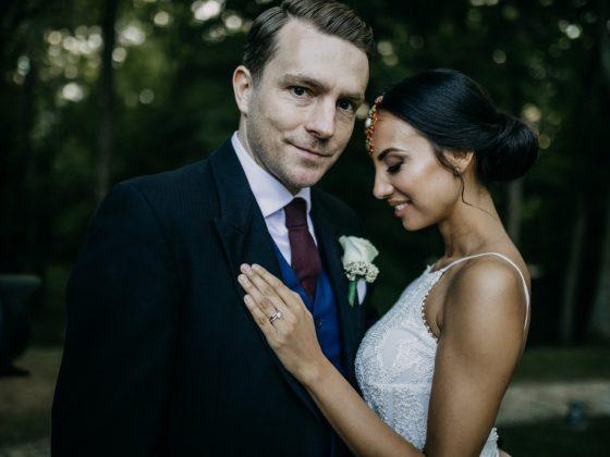 Vanda & John gyönyörű, tradíciókban gazdag esküvője