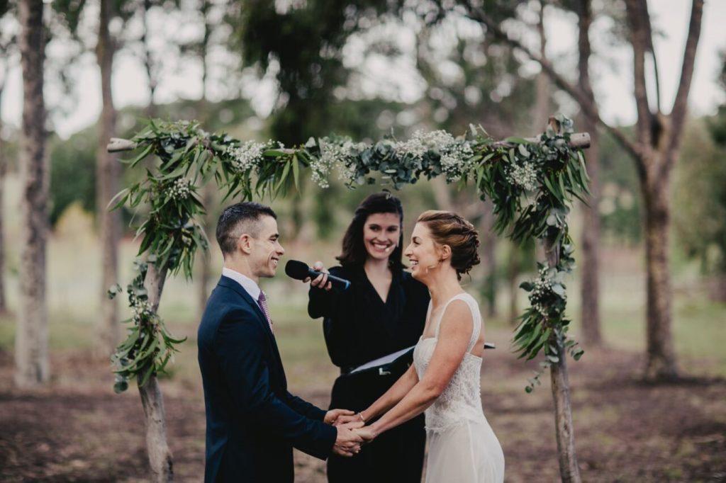 Zena Lythgo esküvői szertartásvezető, Fotó- Dan Brannan Photography