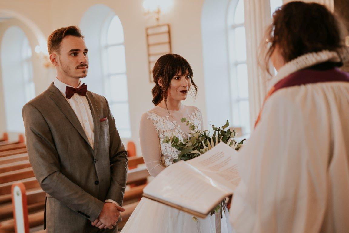 igyekszem egy izlandi nő a házasság)
