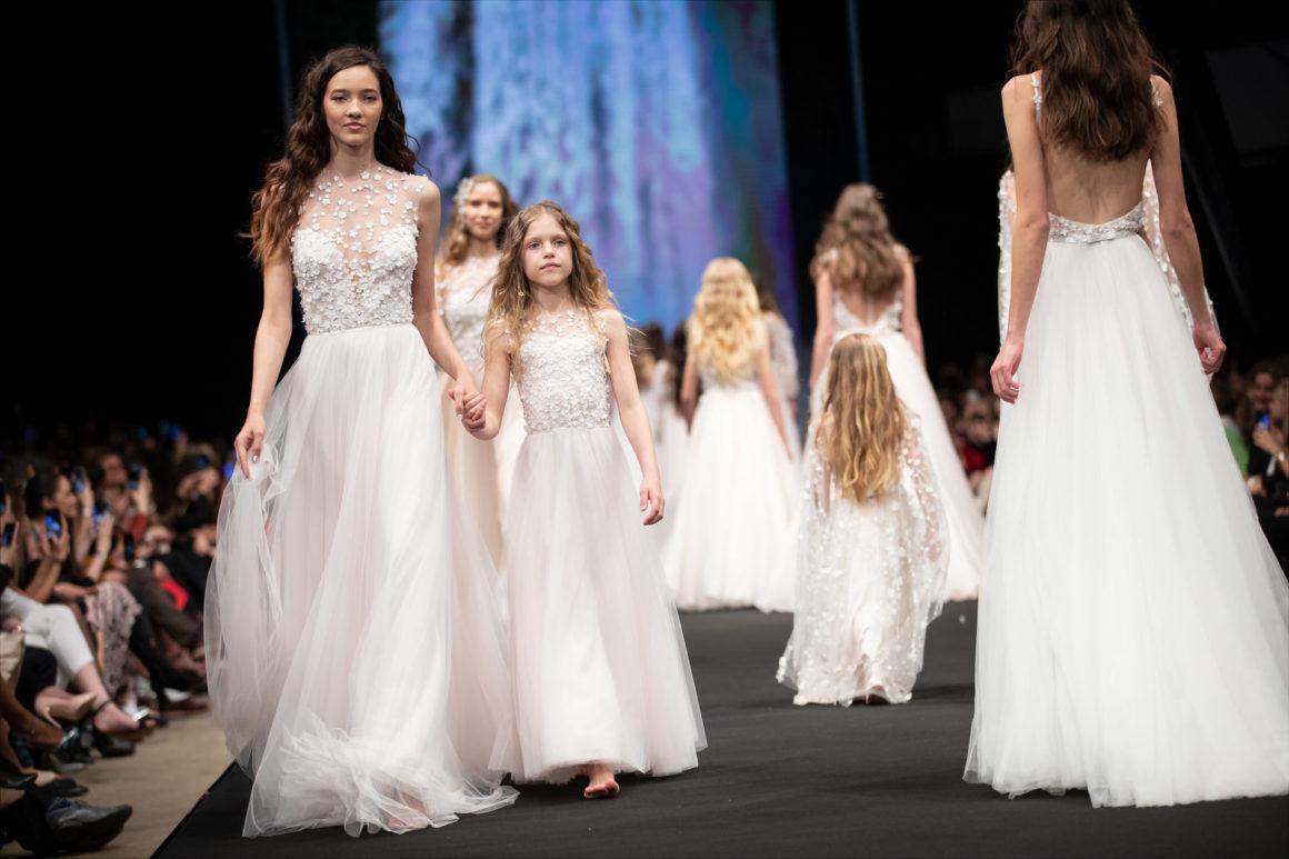 61bfb830a1 Lázadó szépségek a kifutón – így zajlott a 2019-es Daalarna Fashion Show