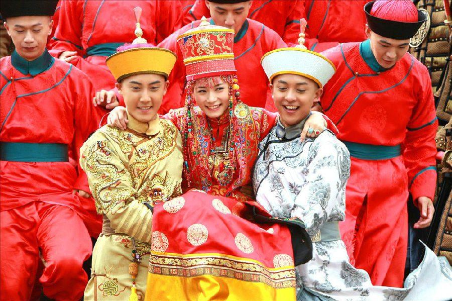 ,mongol esküvő,,esküvői szokások,esküvői tradíciók,tradicionális esküvő,esküvői kultúra,esküvői hagyományok,esküvői hagyomány,esküvő,esküvői viseletkultúra,