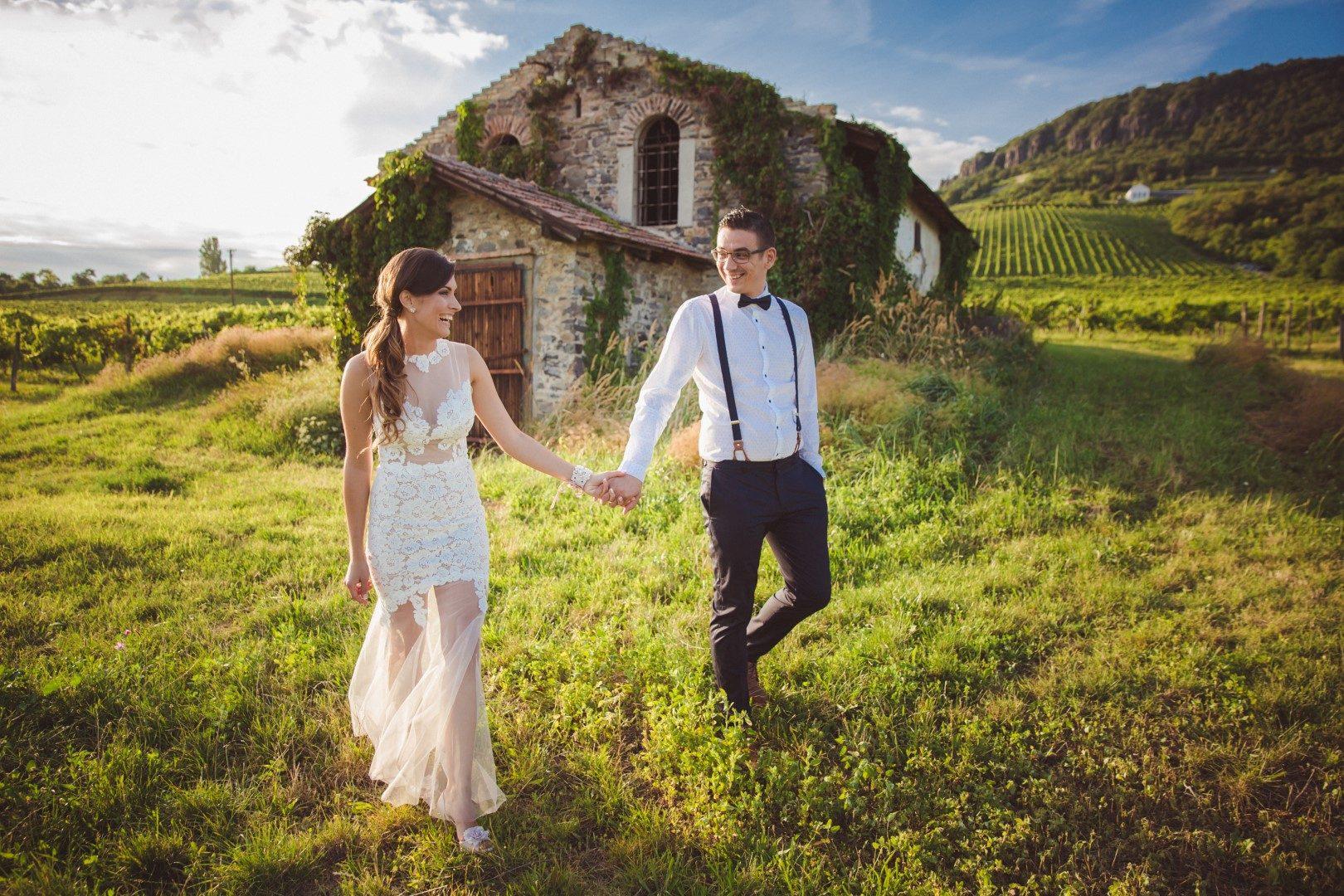 ,badacsonyi esküvő,esküvő,balatoni esküvő,daalarna ruha,daalarna esküvő,valódi esküvő,balaton,daalarna,esküvői ruha,sellő ruha,
