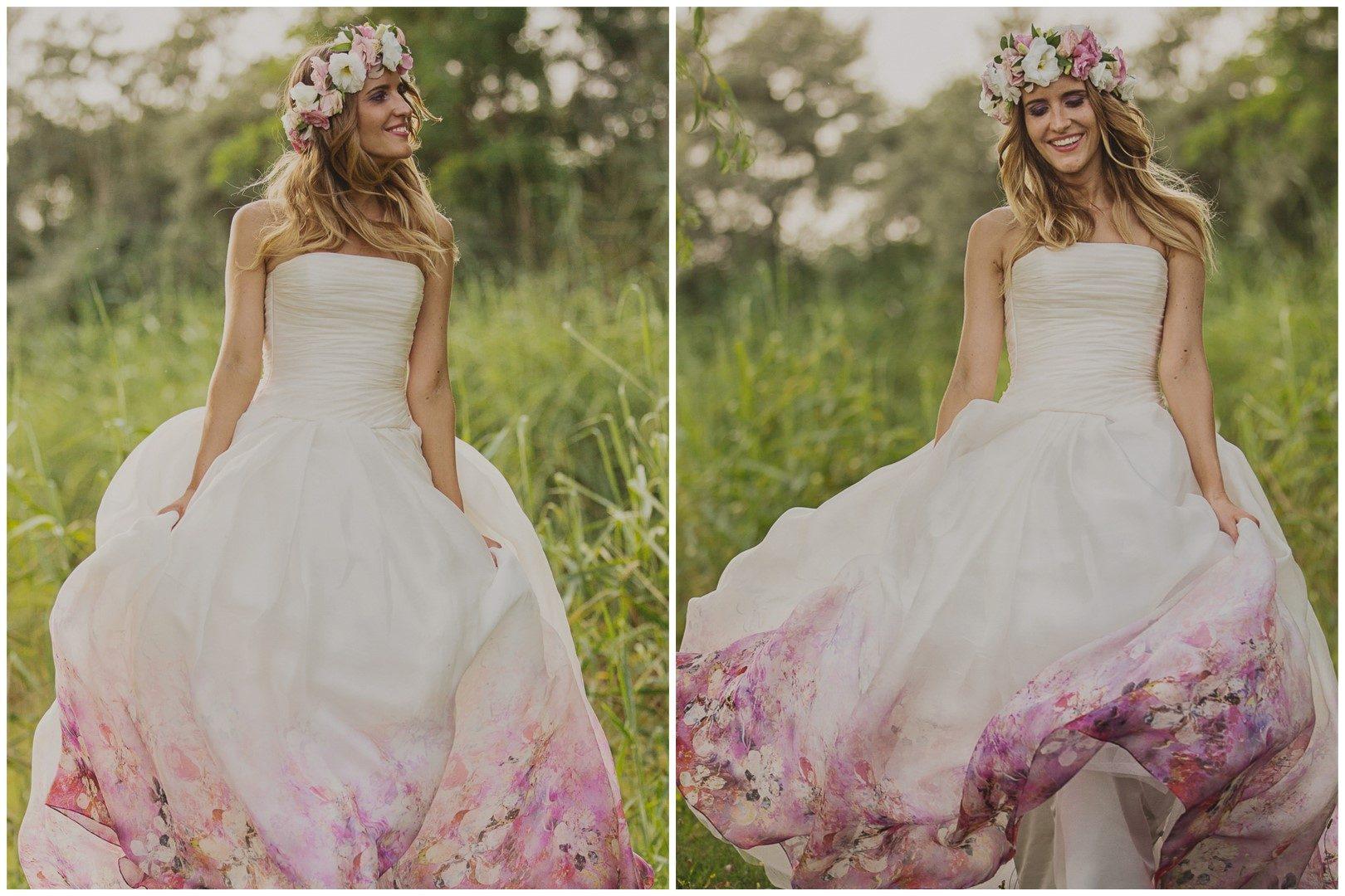 ,kreatív fotózás,kreatív képek,virágos ruha,esküvő,valódi esküvő,virágos esküvői ruha,daalarna,daalarna esküvői ruha,virágok,virágkoszorú,tóparti esküvő,