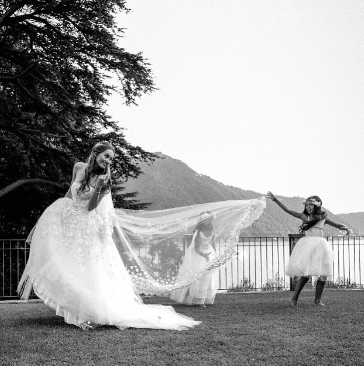 ,álomsküvő,comói tó,esküvői ruha,esküvői helyszín,