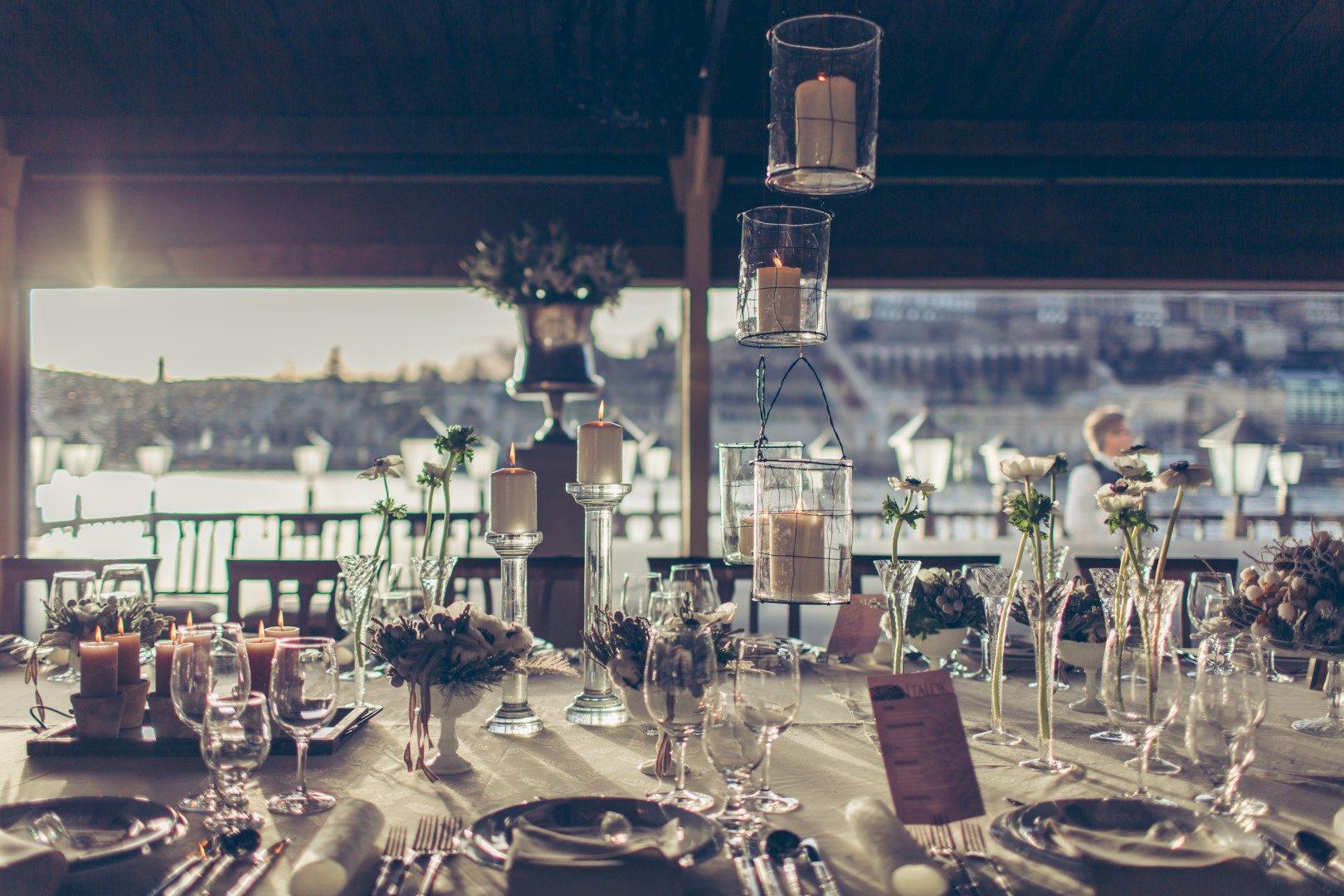 ,gyenes szilvi dekor,téli esküvő,téli esküvői dekor,téli esküvői dekoráció,téli dekor,dekoráció,gyenes szilvia,jaksa tímea