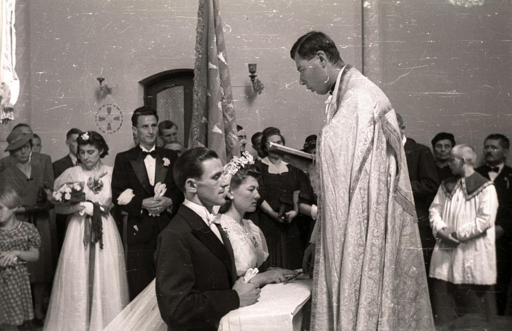 ,régi képek,esküvő régen,archív esküvői fotók,esküvői fotók fortepan,fortepan esküvői fotók,esküvői fotók,esküvő századelő,esküvő háború előtt,esküvő háború után,